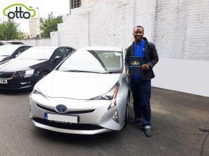 Toyota Prius Hybrid Active | Otto Car