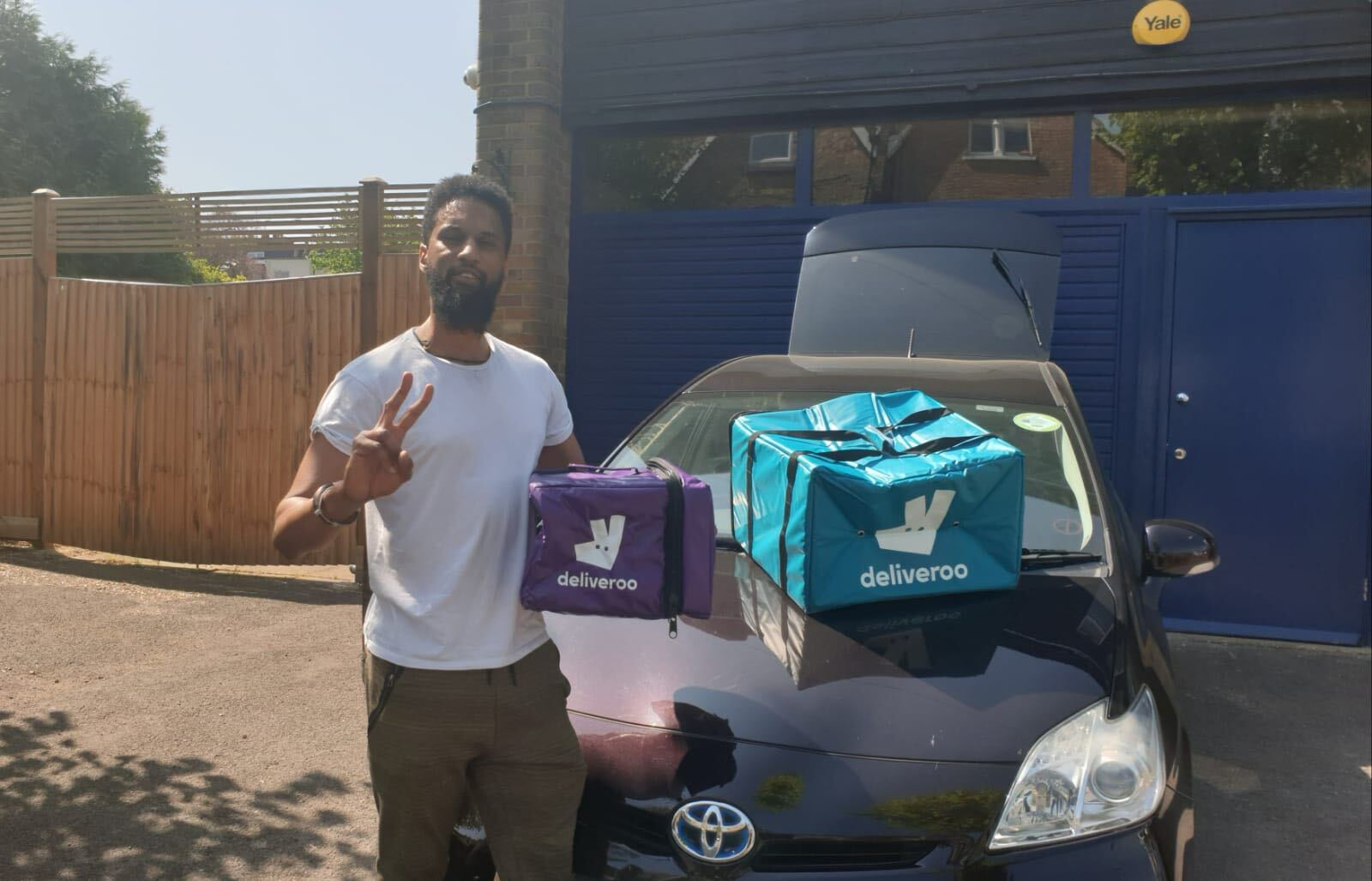 Delivery Driver Amazon & Deliveroo   Gig Guy London